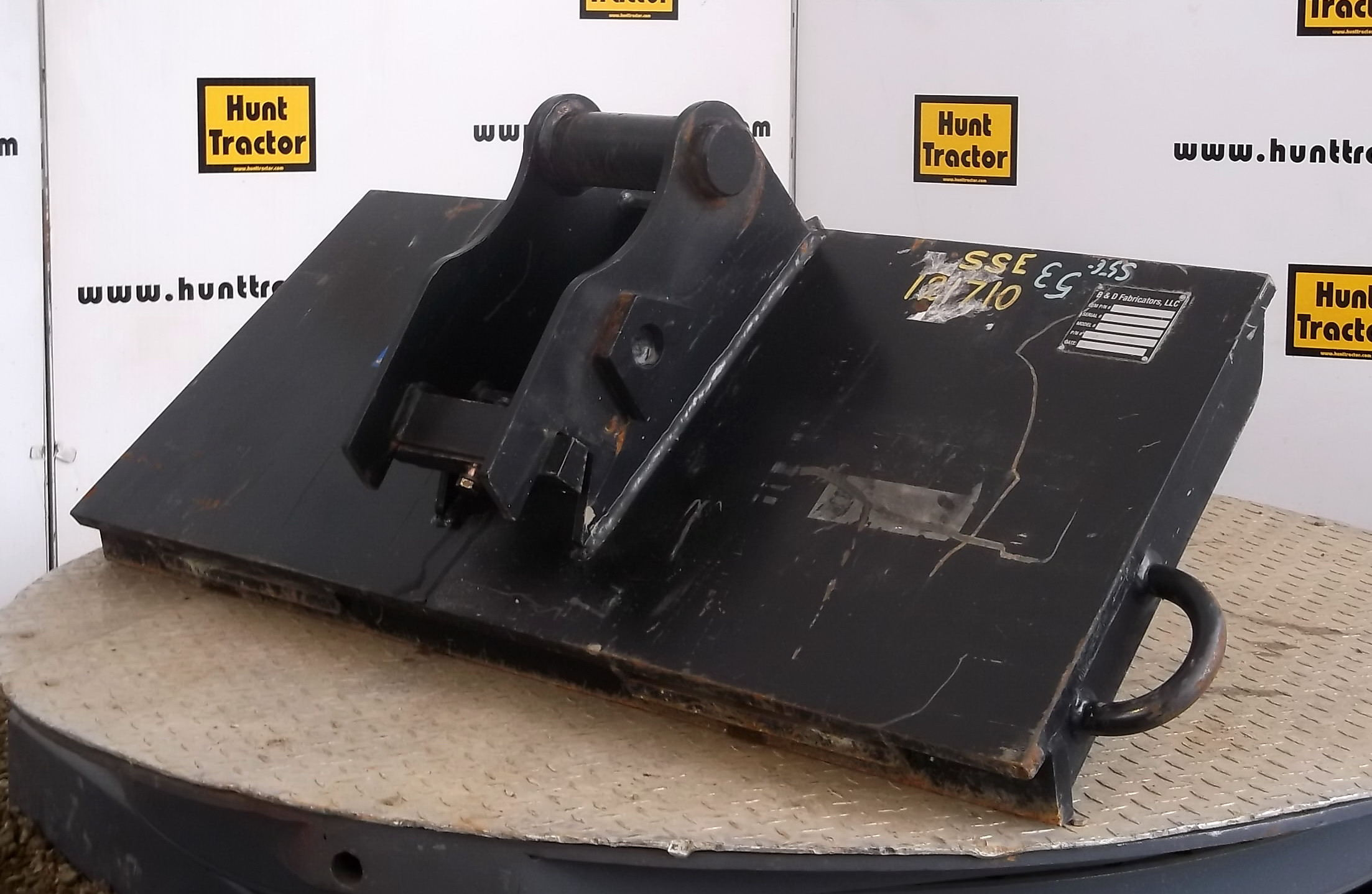 Attachment Zone Used Universal Skid Steer To John Deere